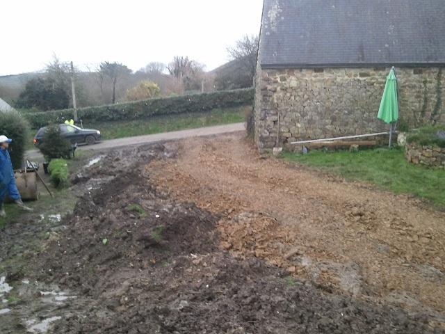 Chemin d 39 acc s pour garage et carport for M jardins miniac morvan